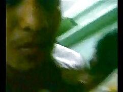 परिपक्व महिला और लड़का - बॉलीवुड सेक्सी हिंदी मूवी 37
